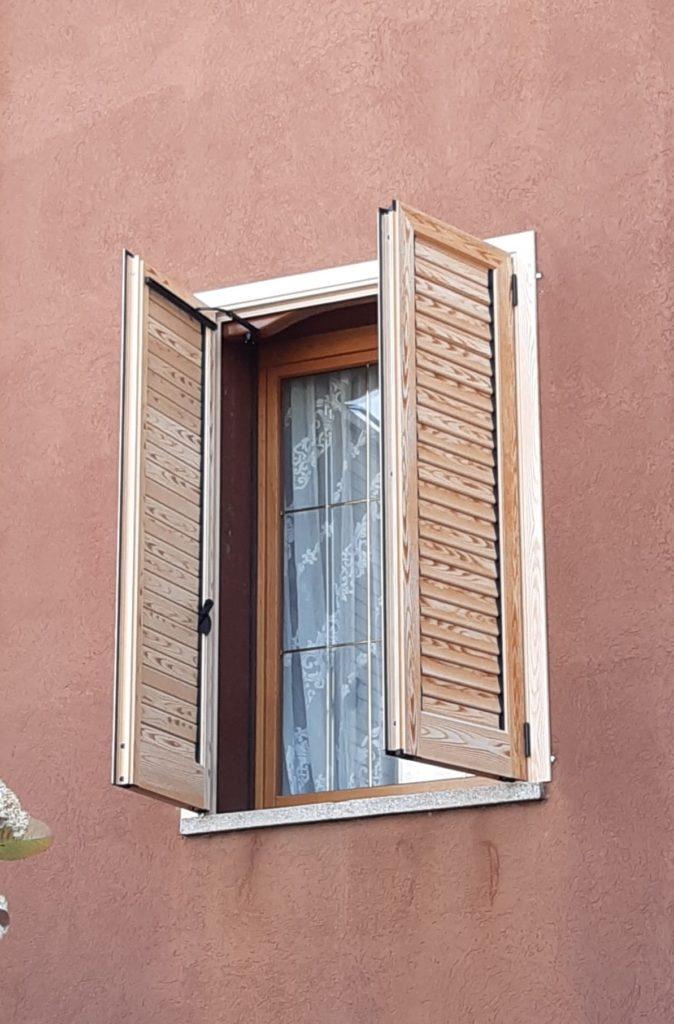 Scuri alluminio effetto legno Vicenza